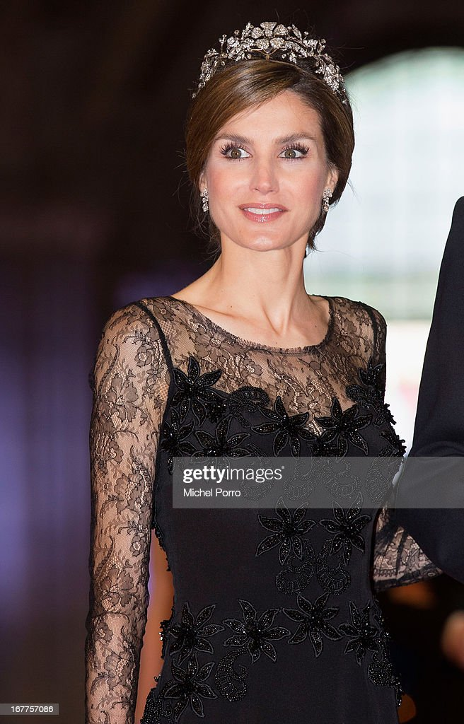 Princess <a gi-track='captionPersonalityLinkClicked' href=/galleries/search?phrase=Letizia+of+Spain&family=editorial&specificpeople=158373 ng-click='$event.stopPropagation()'>Letizia of Spain</a> attends a dinner hosted by Queen Beatrix of The Netherlands ahead of her abdication in favour of Crown Prince Willem Alexander at Rijksmuseum on April 29, 2013 in Amsterdam, Netherlands.