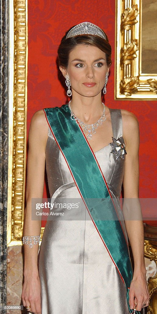 Princess Letizia of Spain attends a Gala Dinner reception for the Hungarian President and his wife at the Royal Palace on January 31, 2005 in Madrid, Spain.