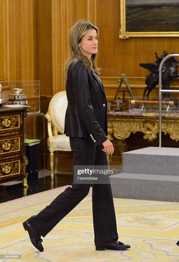 Princess <a gi-track='captionPersonalityLinkClicked' href=/galleries/search?phrase=Letizia+of+Spain&family=editorial&specificpeople=158373 ng-click='$event.stopPropagation()'>Letizia of Spain</a> attends an audience at Zarzuela Palace on January 9, 2013 in Madrid, Spain.