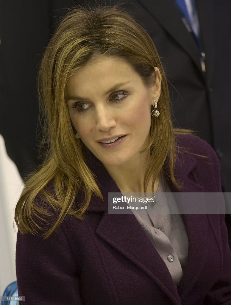 Princess Letizia of Spain attends the Mobile World Congress 2014 on February 24 2014 in Barcelona Spain The Mobile World Congress is the largest...