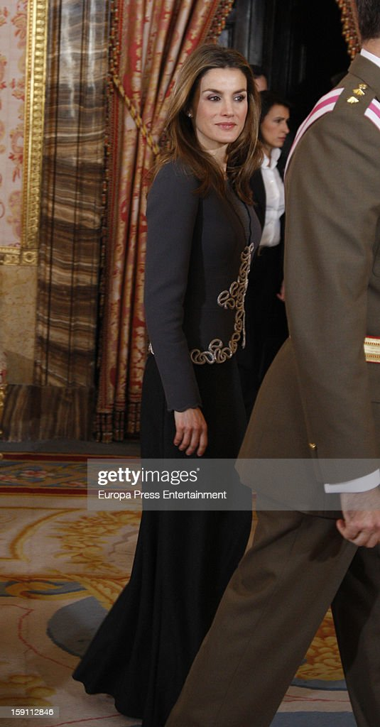 Princess <a gi-track='captionPersonalityLinkClicked' href=/galleries/search?phrase=Letizia+of+Spain&family=editorial&specificpeople=158373 ng-click='$event.stopPropagation()'>Letizia of Spain</a> attends the New Year's Military Parade on January 6, 2013 in Madrid, Spain.