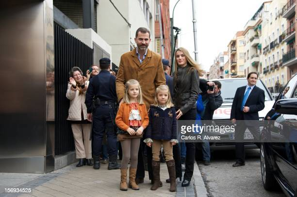 Princess Letizia of Spain Prince Felipe of Spain and their daughters Princess Leonor of Spain and Princess Sofia of Spain visit King Juan Carlos of...