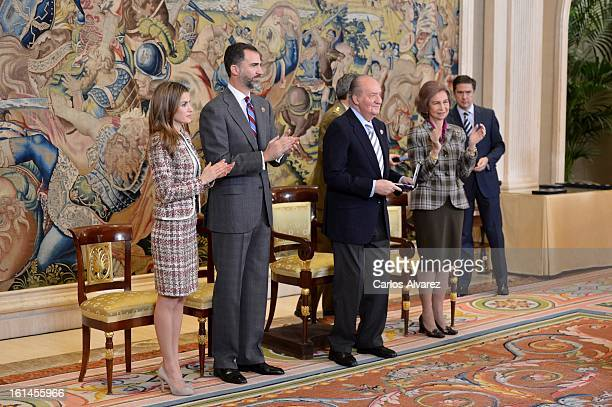 Princess Letizia of Spain Prince Felipe of Spain King Juan Carlos of Spain and Queen Sofia of Spain receive Spanish Handball National Team at the...