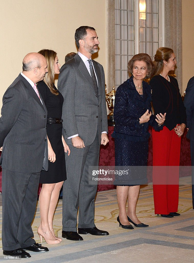 Princess <a gi-track='captionPersonalityLinkClicked' href=/galleries/search?phrase=Letizia+of+Spain&family=editorial&specificpeople=158373 ng-click='$event.stopPropagation()'>Letizia of Spain</a> (2nd L) , Prince Felipe of Spain, <a gi-track='captionPersonalityLinkClicked' href=/galleries/search?phrase=Queen+Sofia+of+Spain&family=editorial&specificpeople=160333 ng-click='$event.stopPropagation()'>Queen Sofia of Spain</a> and <a gi-track='captionPersonalityLinkClicked' href=/galleries/search?phrase=Princess+Elena+of+Spain&family=editorial&specificpeople=160235 ng-click='$event.stopPropagation()'>Princess Elena of Spain</a> attend the National Sports Awards ceremony at El Pardo Palace on December 5, 2012 in Madrid, Spain.