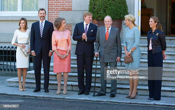 Princess Letizia of Spain Prince Felipe of Spain Queen Sofia of Spain King Juan Carlos and Princess Elena of Spain receive King Willem Alexander and...