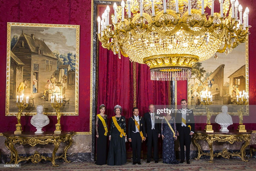 Princess Letizia of Spain, Prince Felipe of Spain, Queen Sofia of Spain, Mexican President's wife Angelica Rivera, Mexican President Enrique Pena Nieto and King Juan Carlos of Spain attend a Gala Dinner in honour of Mexican President Enrique Pena Nieto at The Royal Palace on June 9, 2014 in Madrid, Spain.