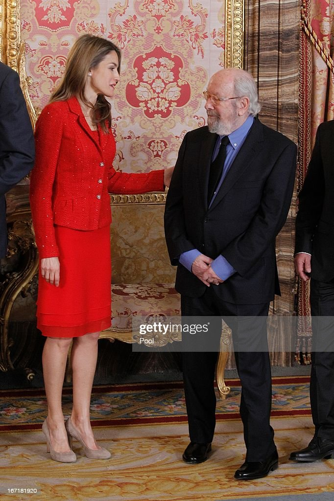 Princess <a gi-track='captionPersonalityLinkClicked' href=/galleries/search?phrase=Letizia+of+Spain&family=editorial&specificpeople=158373 ng-click='$event.stopPropagation()'>Letizia of Spain</a> receives Spanish author Jose Manuel Caballero Bonald for a lunch at the '2013 Cervantes Award' at the Royal Palace on April 22, 2013 in Madrid, Spain.