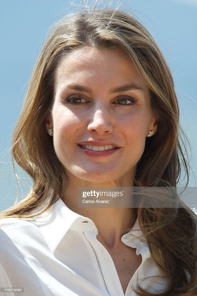 Princess <a gi-track='captionPersonalityLinkClicked' href=/galleries/search?phrase=Letizia+of+Spain&family=editorial&specificpeople=158373 ng-click='$event.stopPropagation()'>Letizia of Spain</a> visits the new National Park of Sierra de Guadarrama on July 10, 2013 in Rascafria, near of Madrid, Spain.