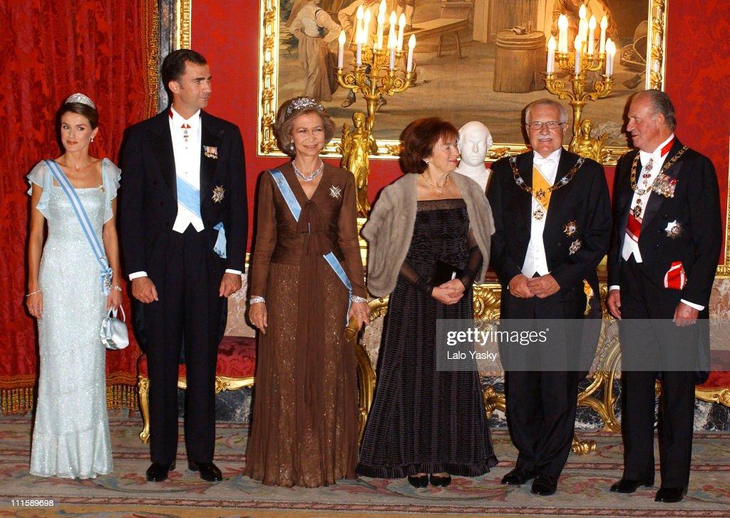 Princess Letizia, Prince Felipe, Queen Sofia, Livia Klausova, Vaclav Klaus and King Juan Carlos