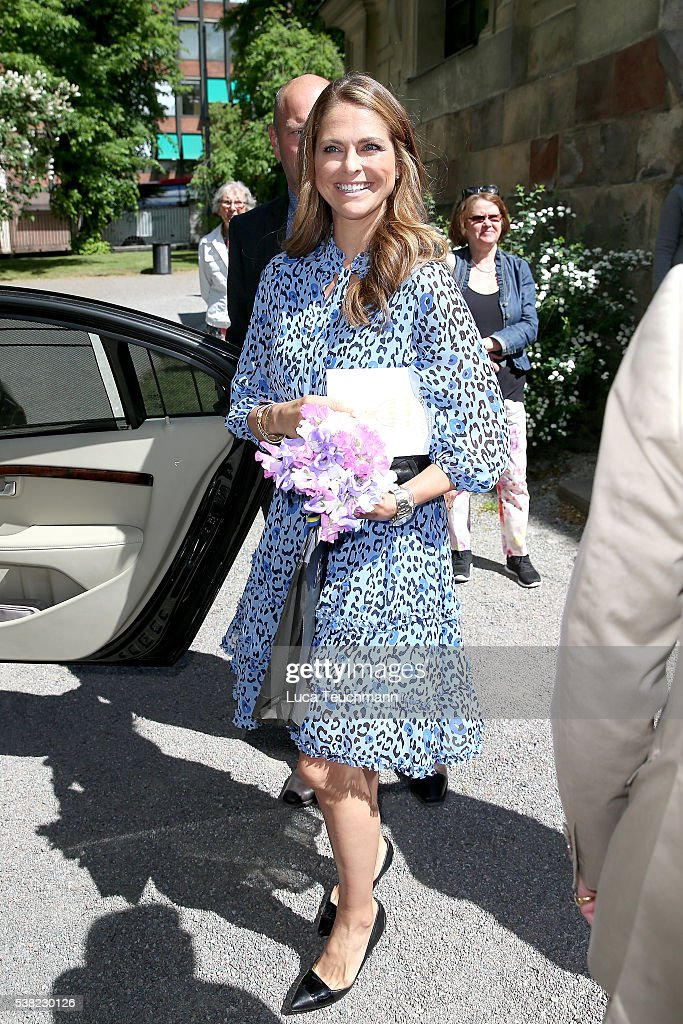 princess-madeleine-of-sweden-attends-jarvsomassan-a-folk-fair-for-on-picture-id538230126