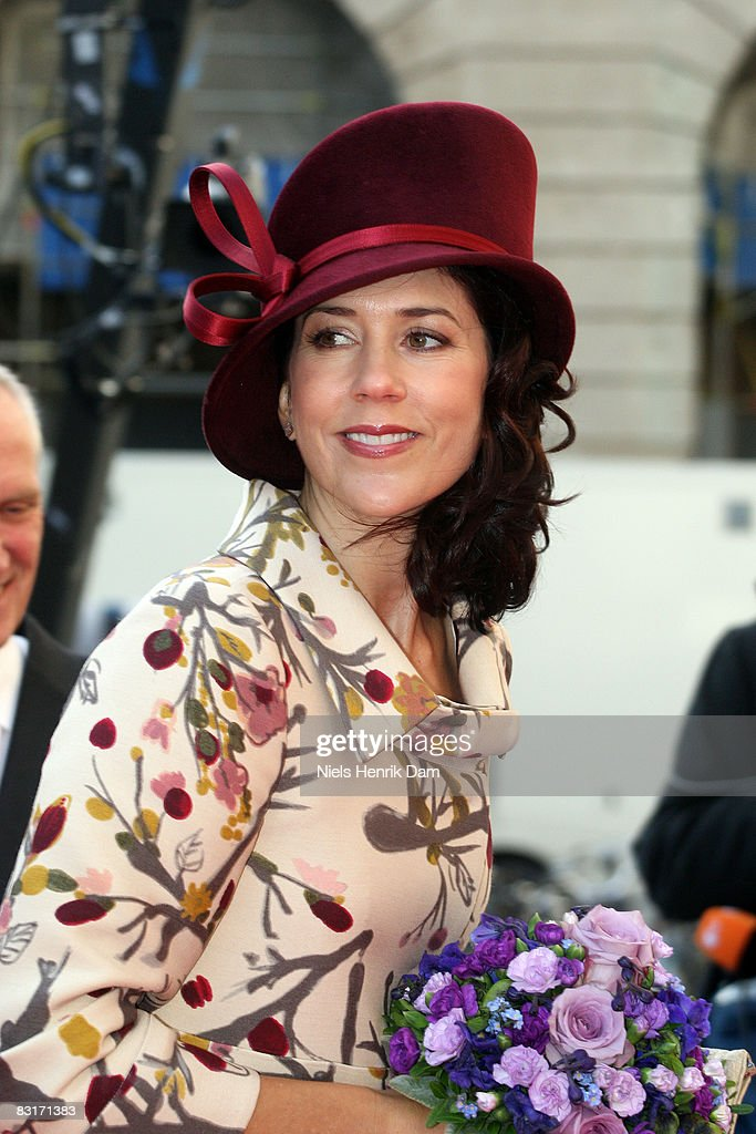 Princess Mary of Denmark attends the opening of the Folketingets parliamentary session at Christiansborg Castle on October 7, 2008 in Copenhagen, Denmark.
