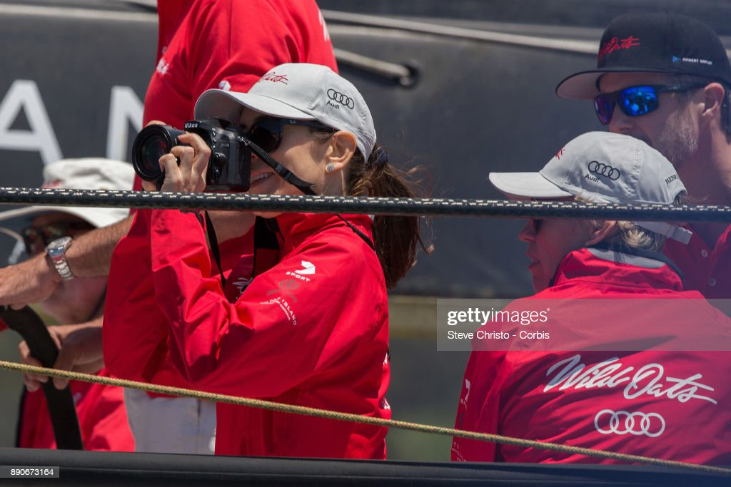 princess-mary-of-denmark-on-board-wild-oats-xi-takes-photos-of-the-picture-id890673164
