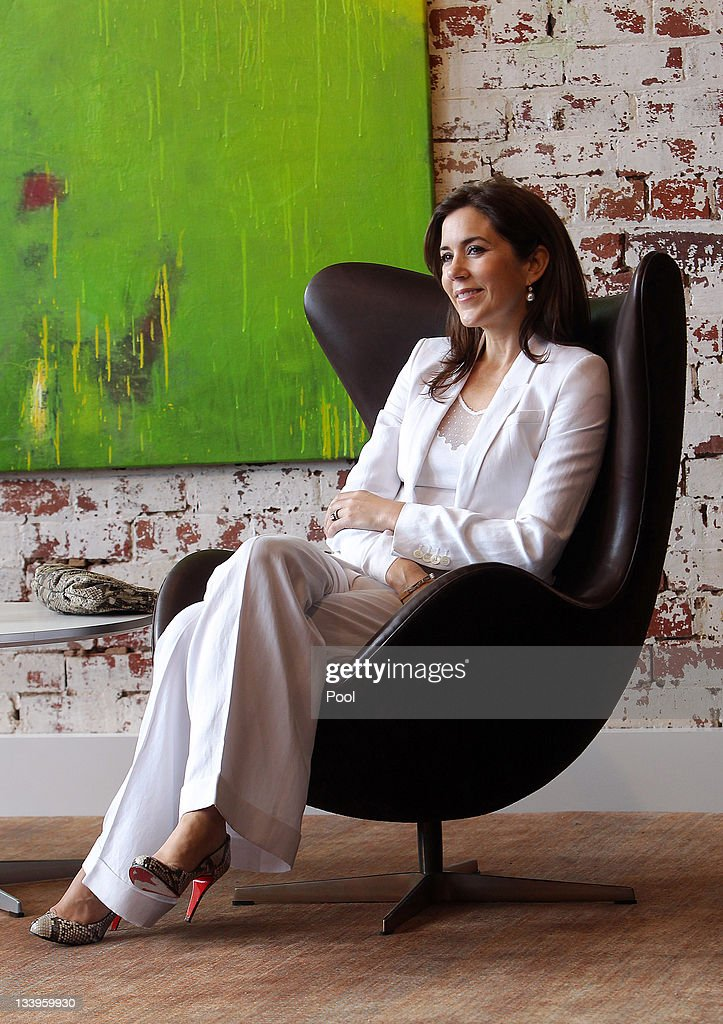 Princess Mary of Denmark visits Corporate Culture and Cult on November 23, 2011 in Melbourne, Australia. Princess Mary and Prince Frederik are on their first official visit to Australia since 2008. The Royal visit began in Sydney, before heading to Melbourne, Canberra and Broken Hill.