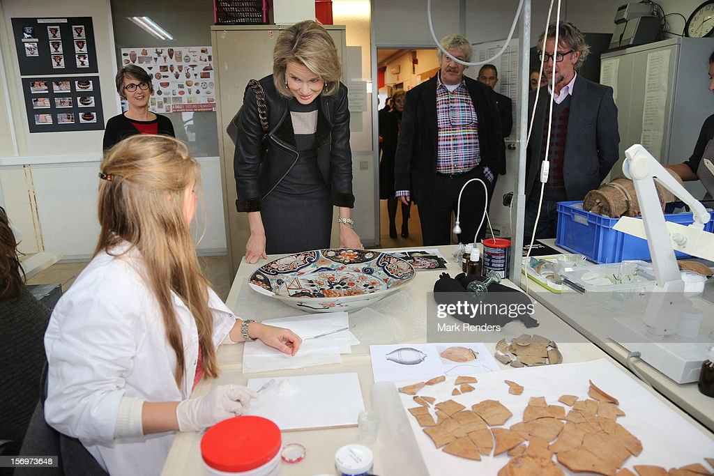 Princess Mathilde of Belgium talks to students during a visit at the ENSAV Arts Academy on November 26, 2012 in Brussels, Belgium.