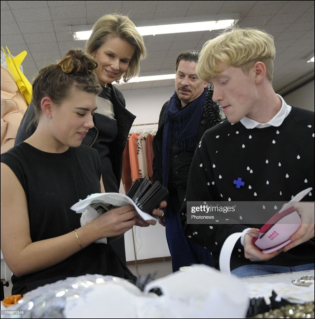 Princess Mathilde of Belgium visits the National School of Arts 'La Cambre' on November 26, 2012 in Brussels, Belgium.