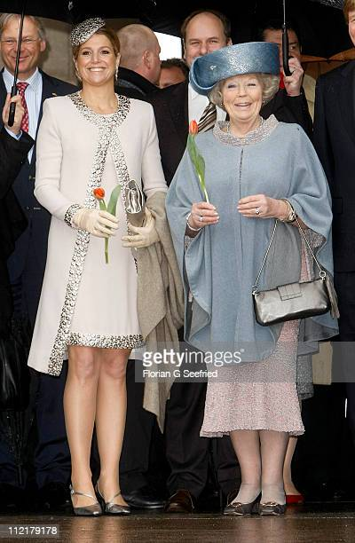 Princess Maxima of the Netherlands and Queen Beatrix of the Netherlands tour the historic city center on April 14 2011 in Dresden Germany The Dutch...
