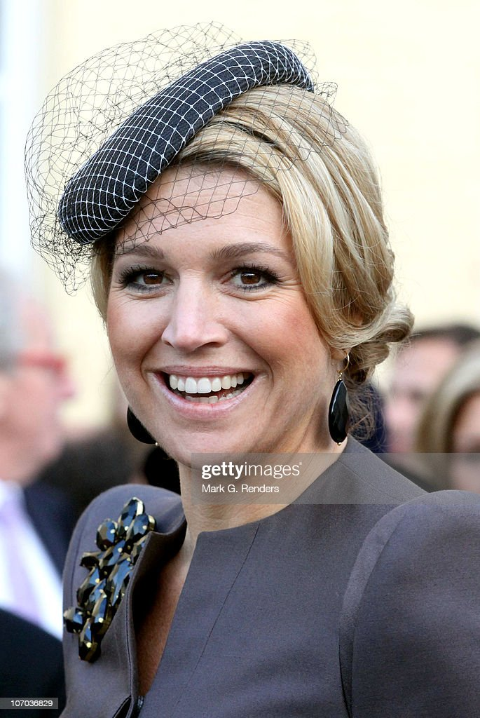 Princess Maxima of the Netherlands smiles after the Royal Wedding of Princess Annemarie Gualtherie van Weezel and Prince Carlos de Bourbon de Parme at Abbaye de la Cambre on November 20, 2010 in Brussels, Belgium.