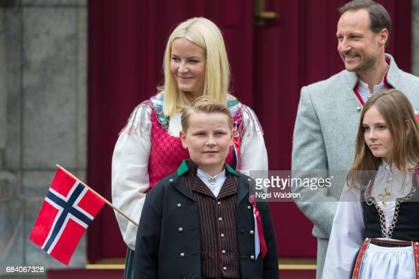 Princess Mette Marit of Norway Prince Haakon of Norway Prince Sverre Magnus of Norway Princess Ingrid Alexandra of Norway greet the children in the...