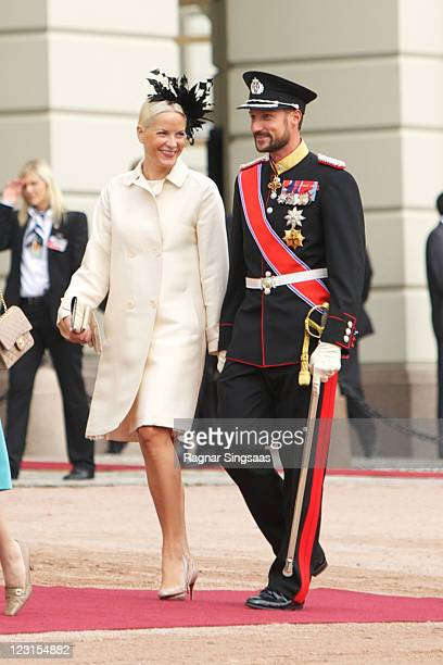 Princess MetteMarit of Norway and Prince Haakon of Norway attend the official welcoming ceremony at the Royal Palace on the first day of the South...