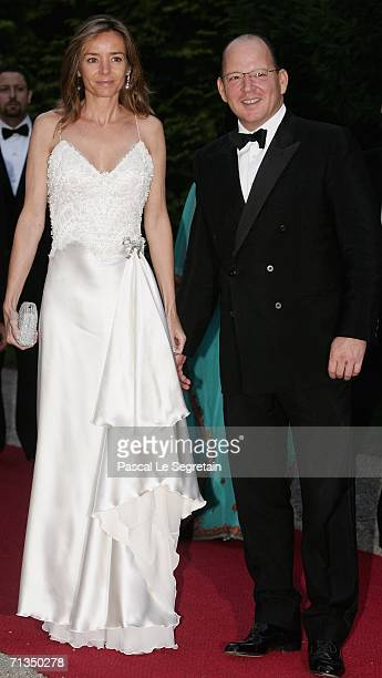 Princess Miriam De Tirnovo and Prince Kardam pose as they arrive to attend a royal dinner that is part of the Grand Duke Henri of Luxembourg's silver...