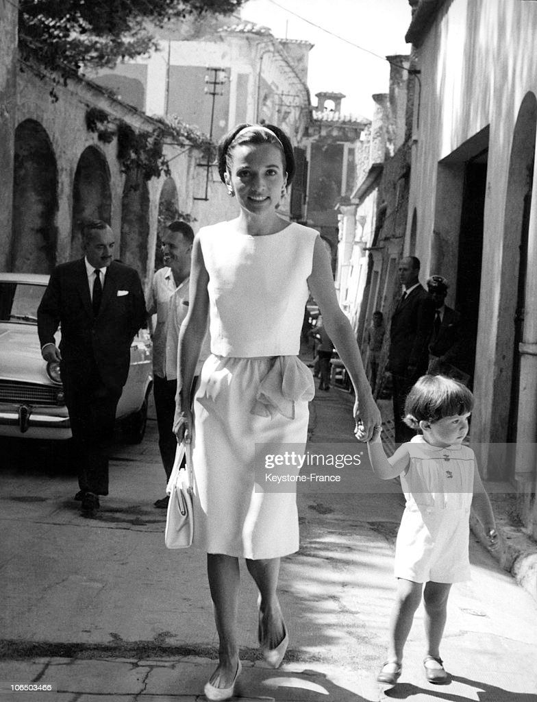 Princess Radziwill, Jacqueline Kennedy Onassis'S Younger Sister, And Her Son Anthony In Italy, 1962