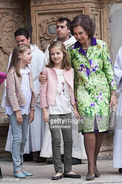 Princess Sofia of Spain Princess Leonor of Spain and Queen Sofia attend the Easter Mass at the Cathedral of Palma de Mallorca on March 27 2016 in...