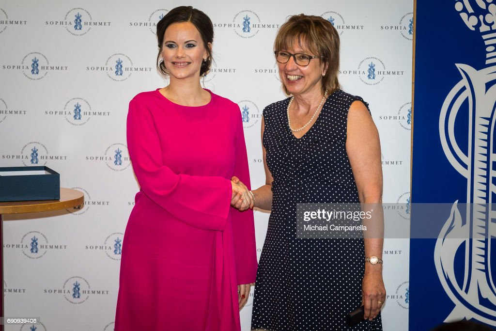 Princess Sofia of Sweden gives out a merit prize to students while attending a ceremony at Sophiahemmet College on May 31, 2017 in Stockholm, Sweden.