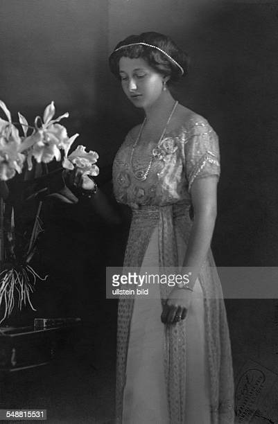 Princess Victoria Louise of Prussia Duchess of Brunswick *13091892 only daughter and last child of German Emperor Wilhelm II Portrait with lillies...