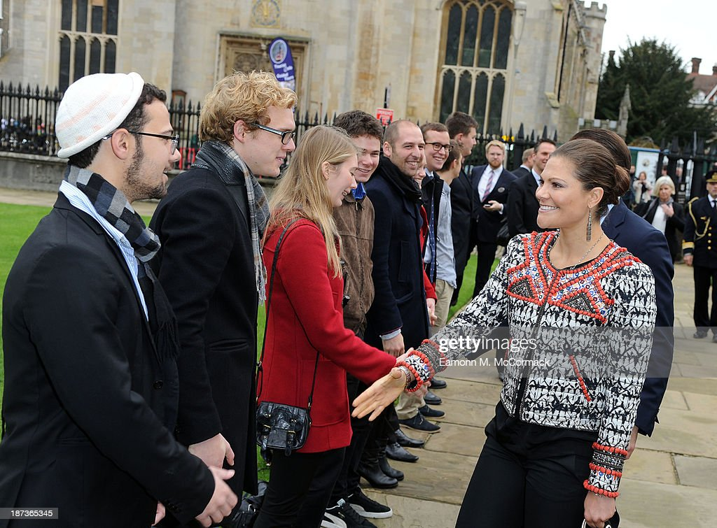 Princess Victoria of Sweden and Prince Daniel of Sweden meet Swedish students at Kings College, Cambridge University during an official visit on November 8, 2013 in Cambridge, Cambridgeshire.