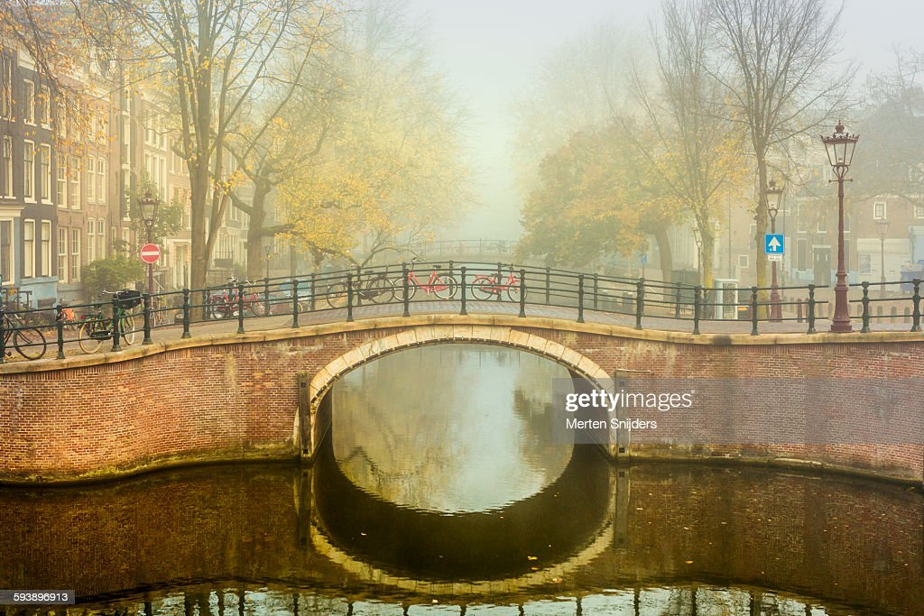 Prinsengracht at Amstelveld in fog