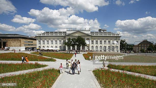 Prior to any utilization it is required to clear art copyrights and to obtain permission of usage by documenta KasseldocumentaFriedrichsplatz 1834117...