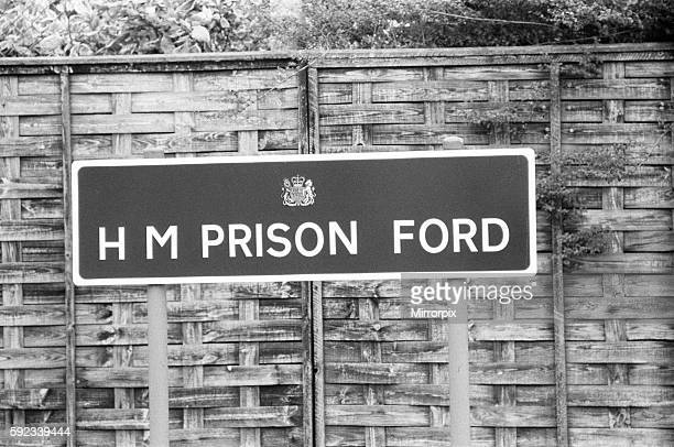 H M Prison Ford Sign 1979 Kenneth Drury Former Police Commander leaves Ford Open Prison Sussex 3rd September 1979 In July 1977 Drury was convicted of...
