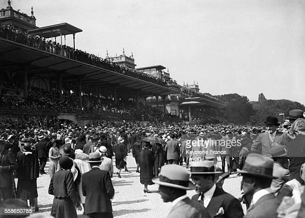 Prix du President de la Republique a l'hippodrome en juin 1930 a Auteuil France