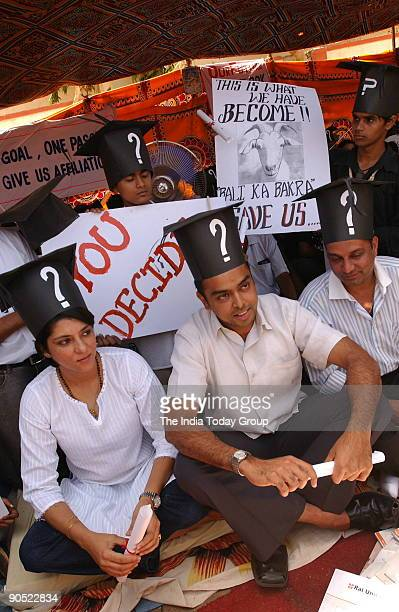 Priya Dutt Congress MP from Mumbai with Milind Deora Member of Parliament supporting demonstrating students of Rai University in Mumbai 27th April...