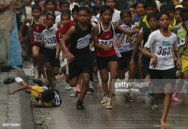 Priya Dutt inaugurated Sunil Dutt Marathon Road Race at Andheri YMCA on Sunday