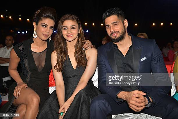 Priyanka Chopra Alia Bhatt and Sidharth Malohtra at Big Star Entertainment Awards 2014 in Mumbai