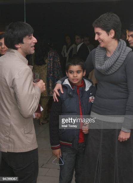 Priyanka Gandhi Vadra her son Rehan and designer Suneet Verma at an exhibition of Paintings of Namrita Bachchan at Palette Art Gallery