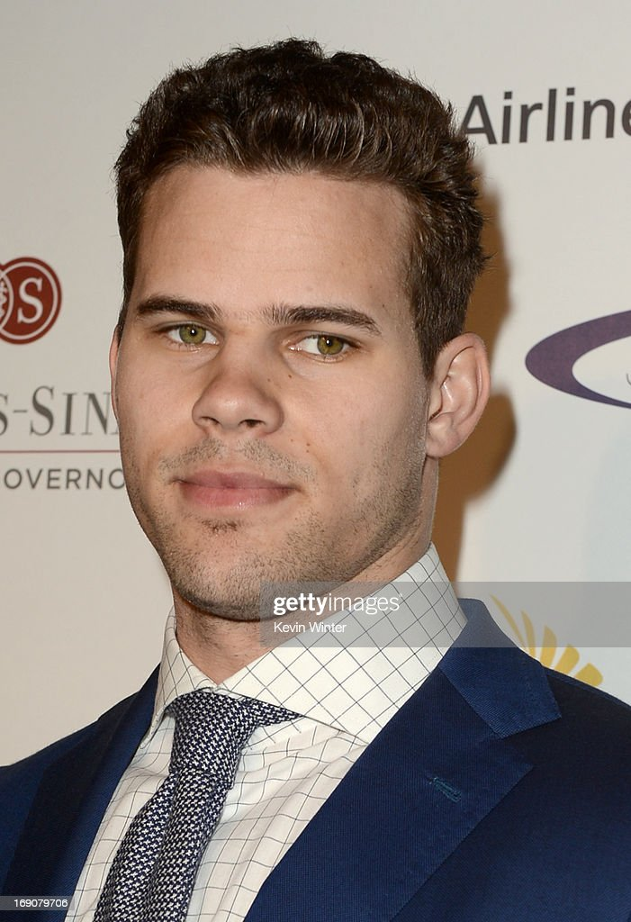 Pro basketball player <a gi-track='captionPersonalityLinkClicked' href=/galleries/search?phrase=Kris+Humphries&family=editorial&specificpeople=209199 ng-click='$event.stopPropagation()'>Kris Humphries</a> attends the 28th Anniversary Sports Spectacular Gala at the Hyatt Regency Century Plaza on May 19, 2013 in Century City, California.