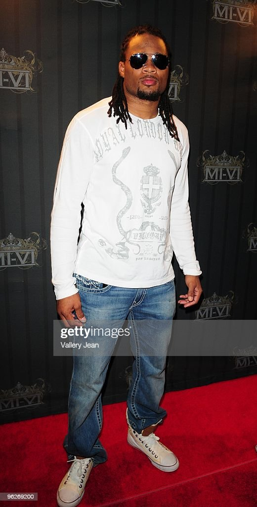 Pro Bowl Player Josh Cribbs of the Cleveland Browns is seen at the MIVI club at the Gulfstream Park and Casino on January 28 2010 in Miami Florida