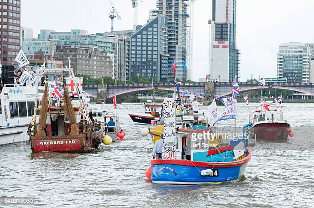 Pro 'Leave' boats form a flotilla as Nigel Farage leader of the UK Independence Party shows his support for the 'Leave' campaign for the upcoming EU...