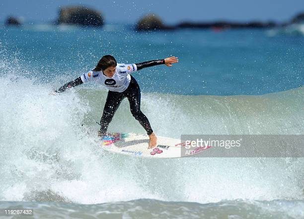 US pro surfer Laura Evener competes in the Roxy Pro 2011 contest in the southwestern city of Biarritz on July 15 2011 The contest is the secondtolast...