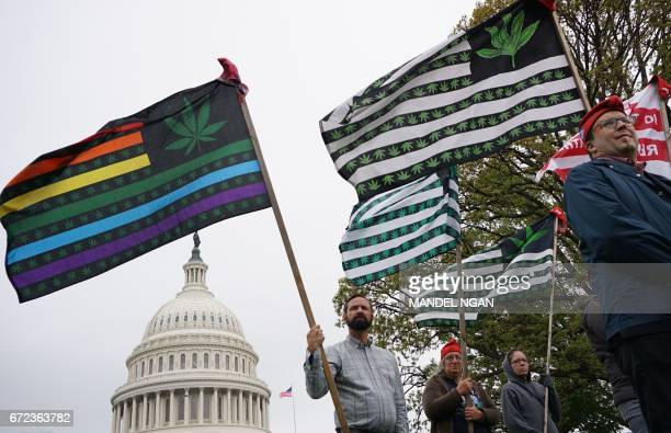Procannabis activists take part in a rally on Capitol Hill on April 24 2017 in Washington DC / AFP PHOTO / MANDEL NGAN