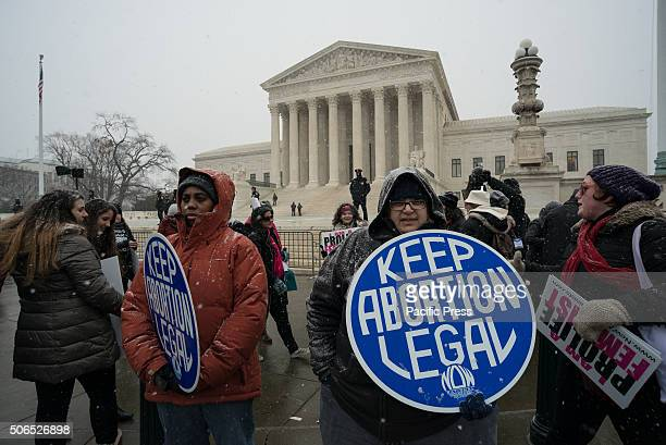 Prochoice demonstrators stage a counter protest near the Supreme Court during the 'March for Life' Tens of thousands of ProLife supporters rallied in...