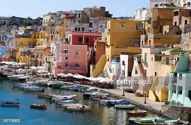 """Procida, Fisherman's Village """"La Corricella"""", die Bucht von Neapel, Italien"""