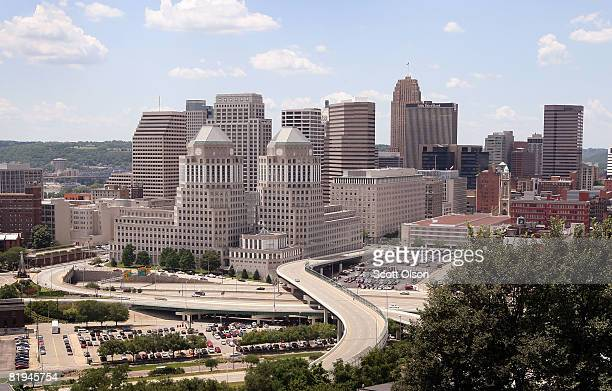 Procter Gamble Co corporate headquarters sits in front of the skyline July 15 2008 in downtown Cincinnati Ohio PG employs over 138000 people in over...