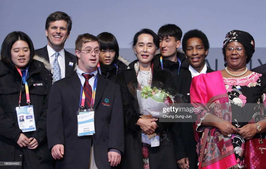 Pro-democracy leader Aung San Suu Kyi (C), Joyce Banda (R) President of Malawi and Timothy Shriver (L) CEO of Special Olympic attend Global Development Summit on the sideline of the Pyeongchang Special Olympic on January 30, 2013 in Pyeongchang-gun, South Korea.