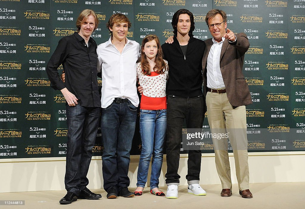 Producer <a gi-track='captionPersonalityLinkClicked' href=/galleries/search?phrase=Andrew+Adamson&family=editorial&specificpeople=770048 ng-click='$event.stopPropagation()'>Andrew Adamson</a>, actor <a gi-track='captionPersonalityLinkClicked' href=/galleries/search?phrase=William+Moseley&family=editorial&specificpeople=618652 ng-click='$event.stopPropagation()'>William Moseley</a>, actress <a gi-track='captionPersonalityLinkClicked' href=/galleries/search?phrase=Georgie+Henley&family=editorial&specificpeople=618654 ng-click='$event.stopPropagation()'>Georgie Henley</a>, actor <a gi-track='captionPersonalityLinkClicked' href=/galleries/search?phrase=Ben+Barnes&family=editorial&specificpeople=2258333 ng-click='$event.stopPropagation()'>Ben Barnes</a> and director Mark Johnson attend 'The Chronicle of Narnia: Prince Caspian' press conference at Park Hyatt Tokyo on May 19, 2008 in Tokyo, Japan. The film will open on May 21.