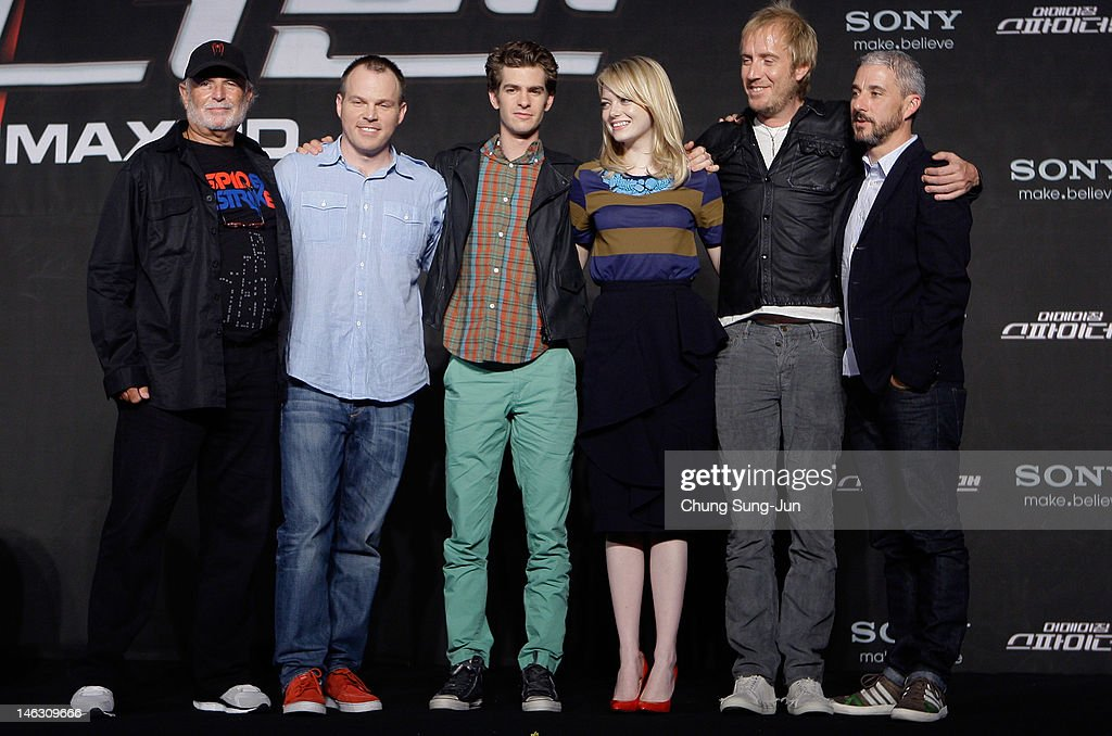 Producer <a gi-track='captionPersonalityLinkClicked' href=/galleries/search?phrase=Avi+Arad&family=editorial&specificpeople=208963 ng-click='$event.stopPropagation()'>Avi Arad</a>, director Marc Webb, actor <a gi-track='captionPersonalityLinkClicked' href=/galleries/search?phrase=Andrew+Garfield&family=editorial&specificpeople=4047840 ng-click='$event.stopPropagation()'>Andrew Garfield</a>, actress <a gi-track='captionPersonalityLinkClicked' href=/galleries/search?phrase=Emma+Stone&family=editorial&specificpeople=672023 ng-click='$event.stopPropagation()'>Emma Stone</a>, actor <a gi-track='captionPersonalityLinkClicked' href=/galleries/search?phrase=Rhys+Ifans&family=editorial&specificpeople=204530 ng-click='$event.stopPropagation()'>Rhys Ifans</a> and producer <a gi-track='captionPersonalityLinkClicked' href=/galleries/search?phrase=Matt+Tolmach&family=editorial&specificpeople=744202 ng-click='$event.stopPropagation()'>Matt Tolmach</a> attend the 'The Amazing Spider-Man' Press Conference on June 14, 2012 in Seoul, South Korea. The film will open on June 28 in South Korea.