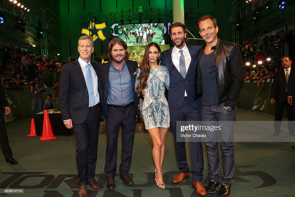 Producer Brad Fuller, director <a gi-track='captionPersonalityLinkClicked' href=/galleries/search?phrase=Jonathan+Liebesman&family=editorial&specificpeople=3210478 ng-click='$event.stopPropagation()'>Jonathan Liebesman</a>, actress <a gi-track='captionPersonalityLinkClicked' href=/galleries/search?phrase=Megan+Fox&family=editorial&specificpeople=2239934 ng-click='$event.stopPropagation()'>Megan Fox</a>, producer Andre Form and Actor Will Arnett attend the Latin American Premiere of Paramount Pictures' 'Teenage Mutant Ninja Turtles' at Cinepolis Acoxpa, on July 29, 2014 in Mexico City, Mexico.