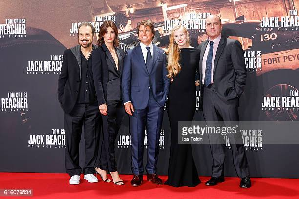 US producer Edward Zwick canadian actress and model Cobie Smulders US actor Tom Cruise US actress Danika Yarosh and US producer Don Granger attend...